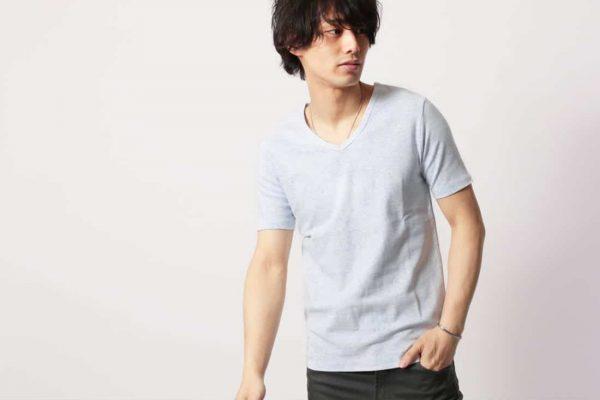 メンズの定番無地Tシャツをきれいめスタイルに仕上げました
